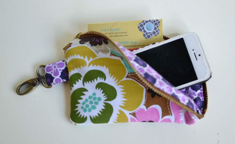 5 things to Sew with Swivel Snap Clips!