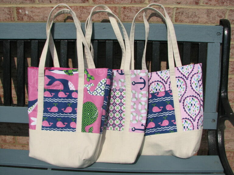 Adorable tote bags to sew from a free pattern!