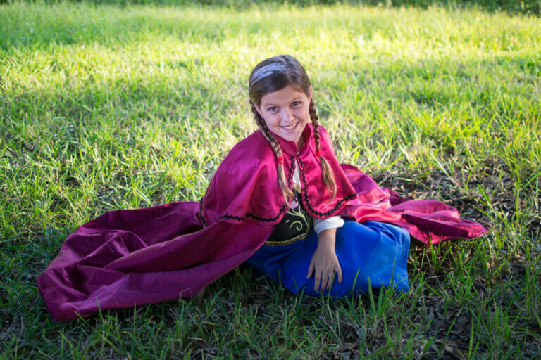 Sewing Anna, Elsa, and Lord of the Rings Costumes for Halloween