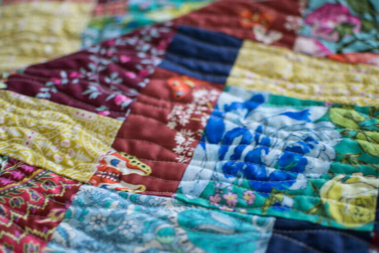 Quilting my Amy Butler Quilt