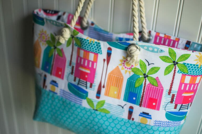Sewing a Sunny Rope Handled Tote from a free pattern