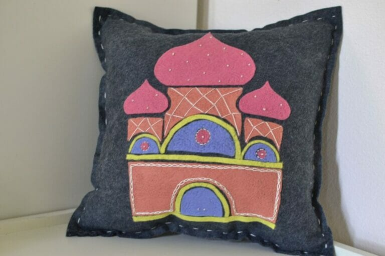 Show Off Saturday: My First Needle Felted Pillow