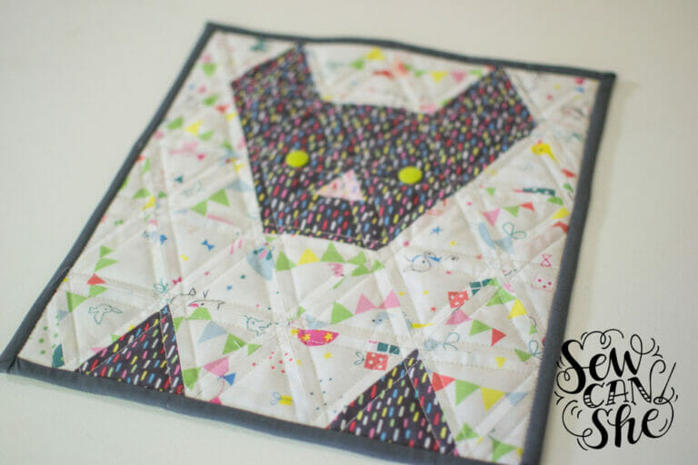 How to Design Your Own Triangle Quilt! {tips & tricks}