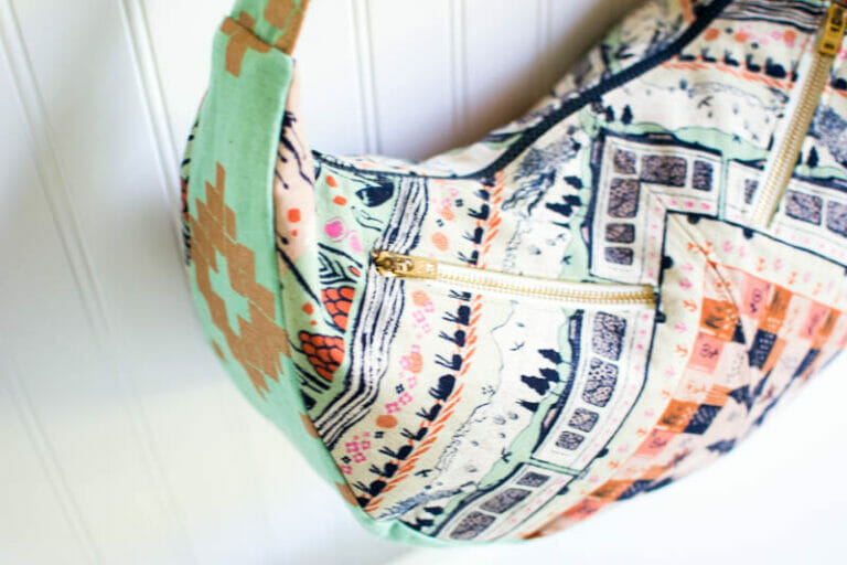 Show Off Saturday… the Swoon Sheena I made for Quilt Market!