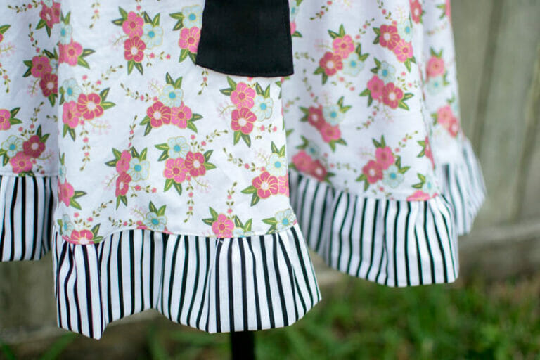 My Wonderland Apron for Melissa's blog hop!