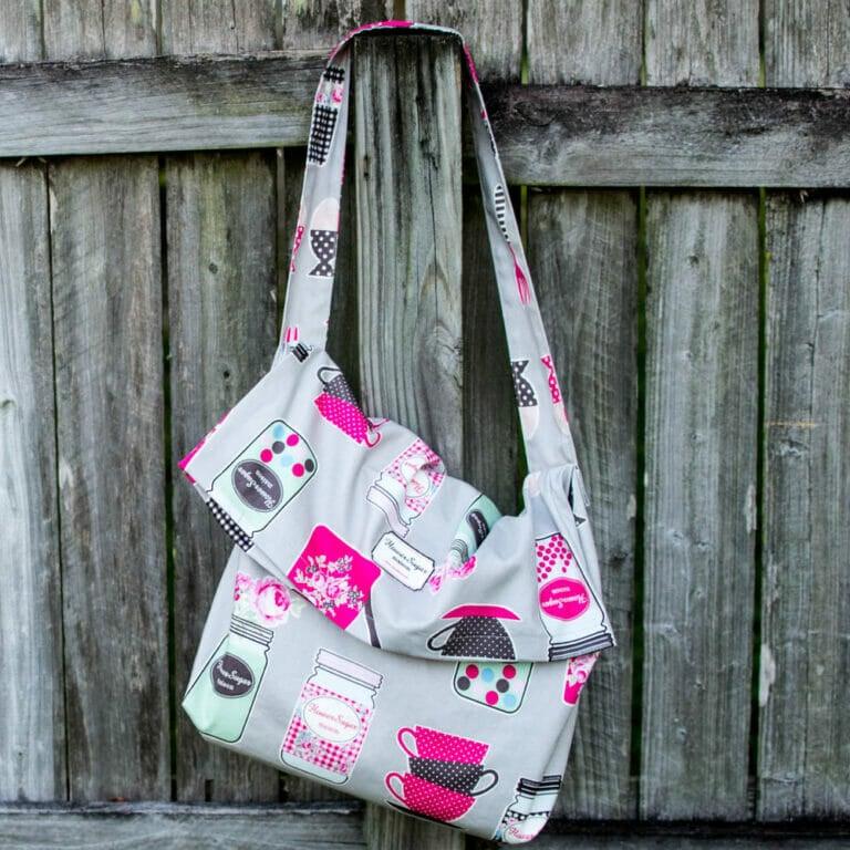 1 Yard Magic Messenger Bag from Lecien Fabrics! {free pattern}