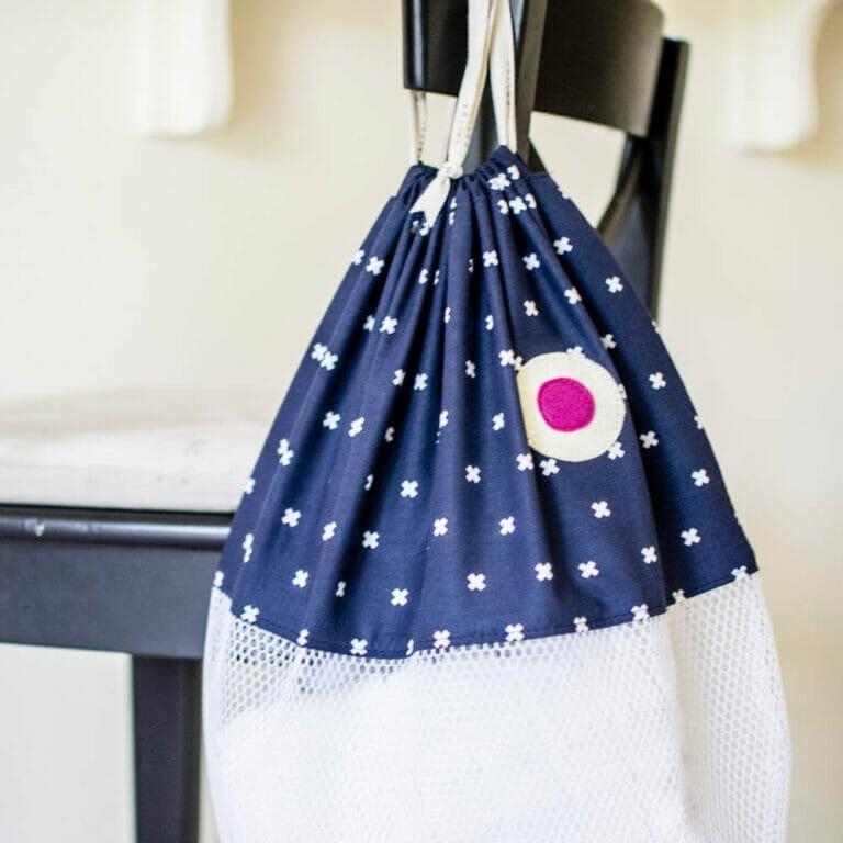 DIY Fish Beach Bags (or laundry bags) – free pattern!