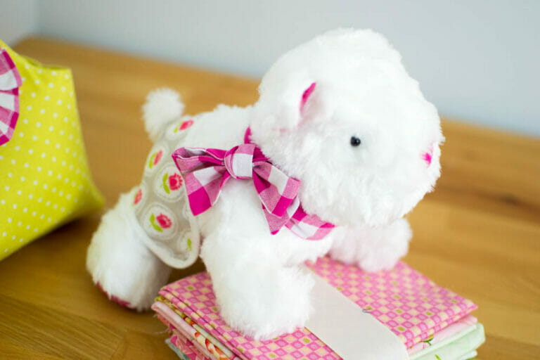 Pattern Review: Sewing Simplicity 1083 – the cutest Doggie Softie Pattern!