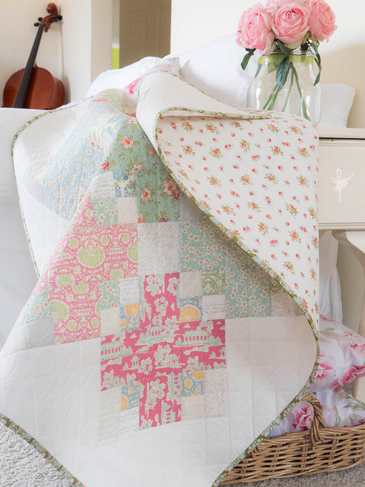 Beautiful Spring Baby Quilt in Pastel Colors