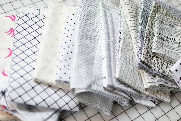 How to Choose Fabrics for a Low Volume Quilt – 3 Easy Tips!