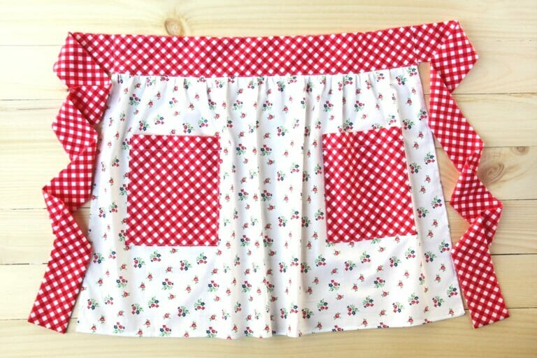 A Cute and Modern Pocket Apron – free sewing tutorial