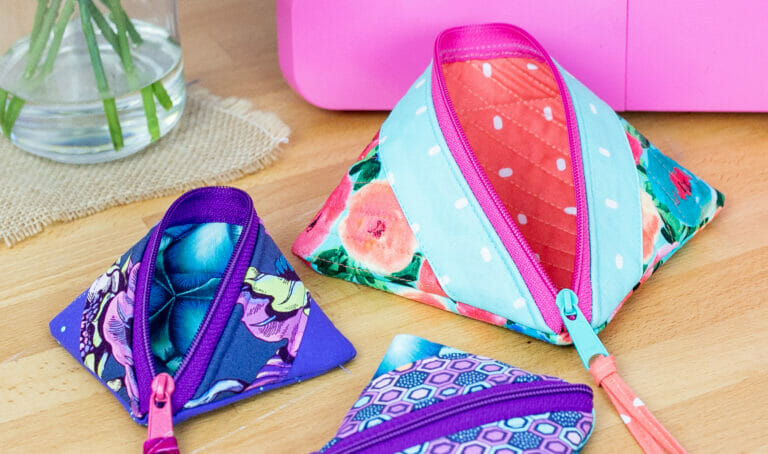 The Pop Up Zipper Pouch Sewing Video Course is here!