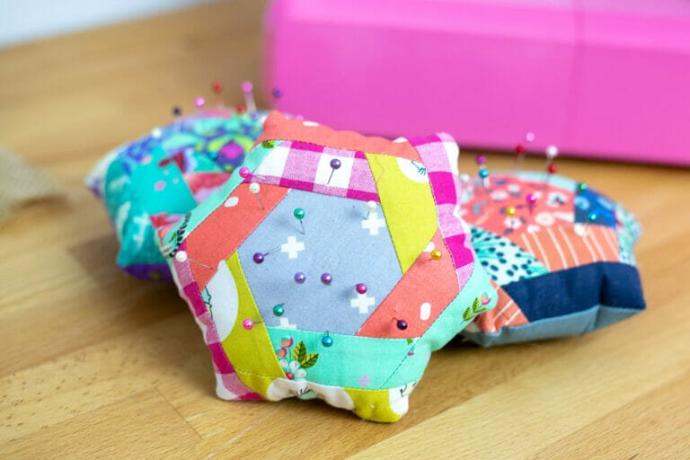 Show Off Saturday… my new Log Cabin Hexi Pincushion Video Course!