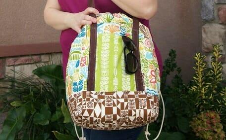 How to Sew Heidi's DIY Drawstring Beach Bag!