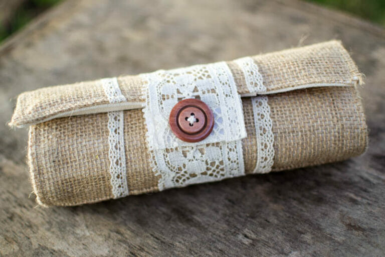 Pretty Colored Pencil Roll Tutorial – from Burlap and Lace!