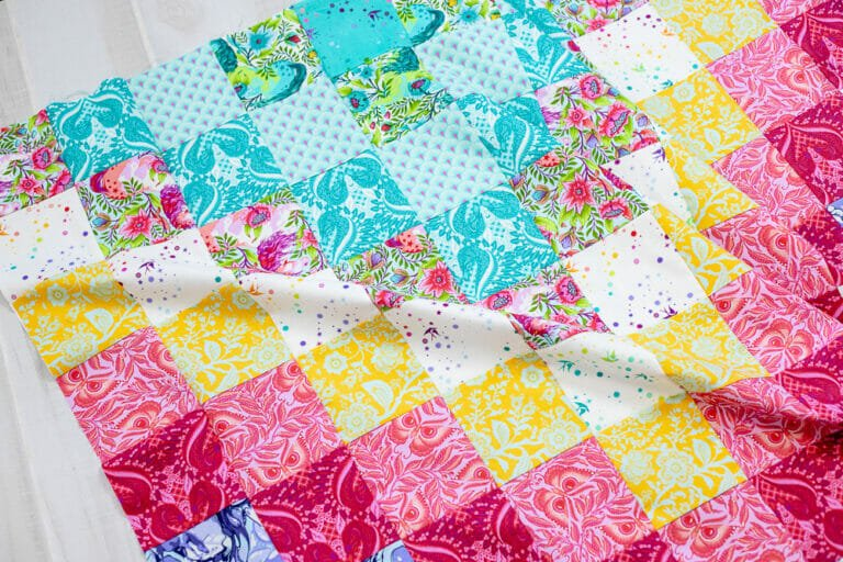 Sew a Color By Number Quilt! {free quilt pattern with printables}