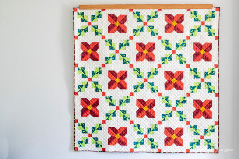 Christmas Irish Chain Quilt – free quilt pattern!