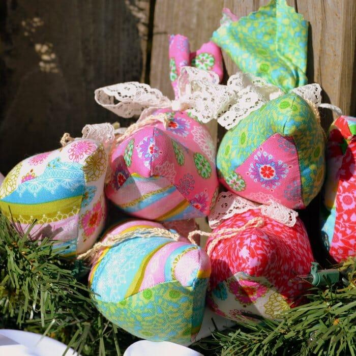 DIY Plump Partridges – Christmas Bird Ornament to Sew!