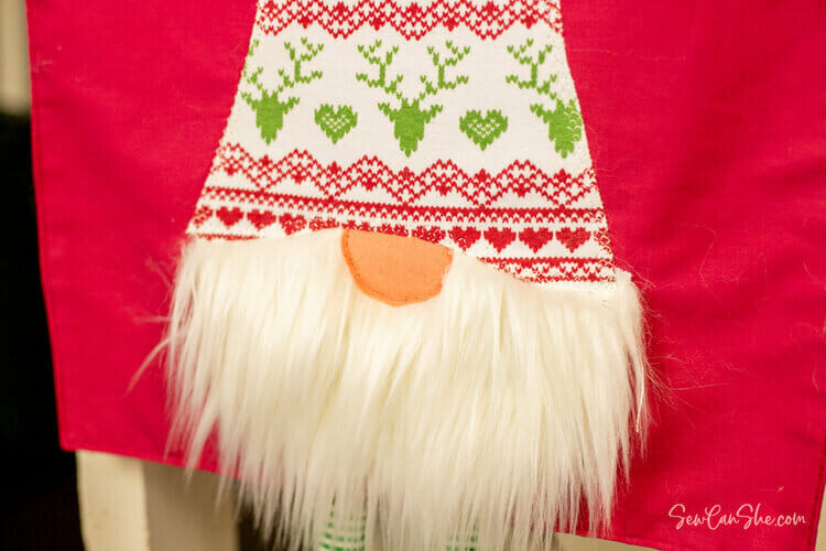 Adorable Gnome Table Runner – Free Sewing Pattern!
