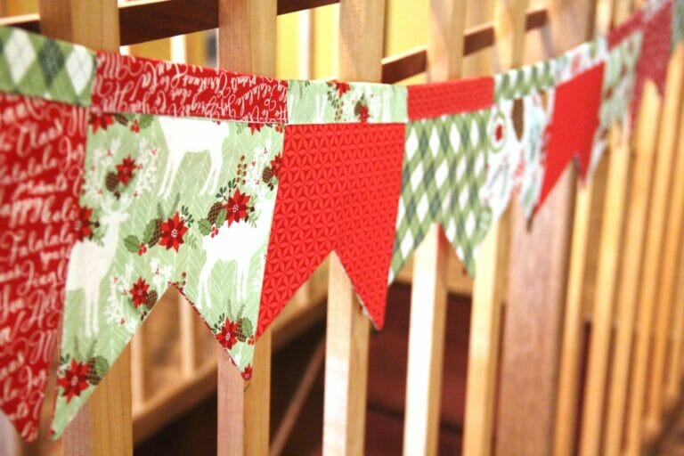 Pretty Swallowtail Bunting – free sewing pattern for birthdays and holidays!