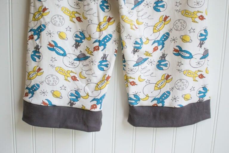 Free Pajama Pants, Bottoms & Shorts Sewing Pattern