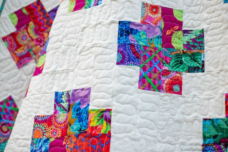 How to Make a Kisses Quilt Pattern – free jelly roll quilt pattern!