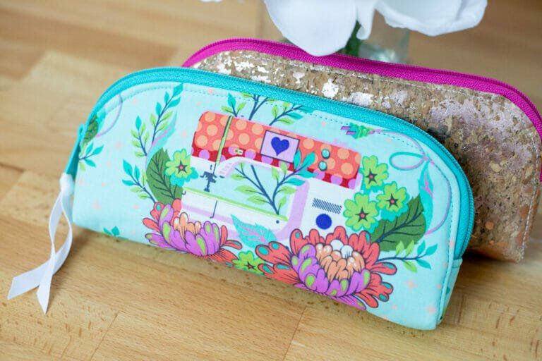 How to Sew a Cute DIY Long Zipper Pouch – free sewing tutorial