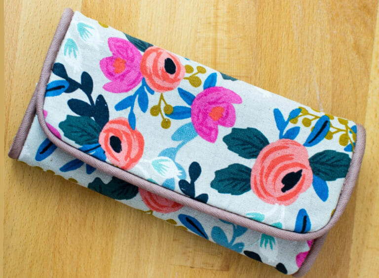 How to Sew a DIY Case for Crochet Hooks (or anything!) – free sewing tutorial