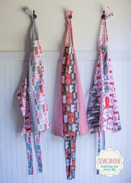 Full Apron – free sewing pattern to keep your clothes clean!