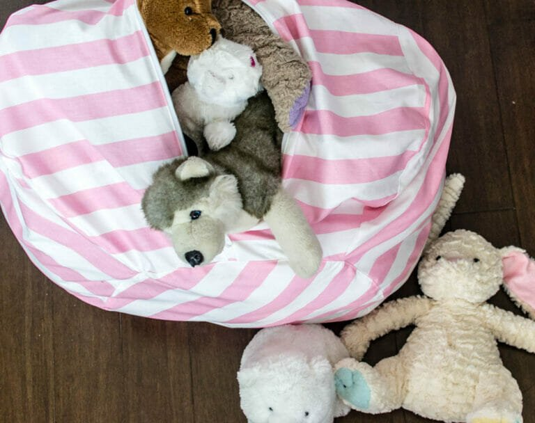 Amazing Bean Bag Chair Pattern – with Toy Storage!