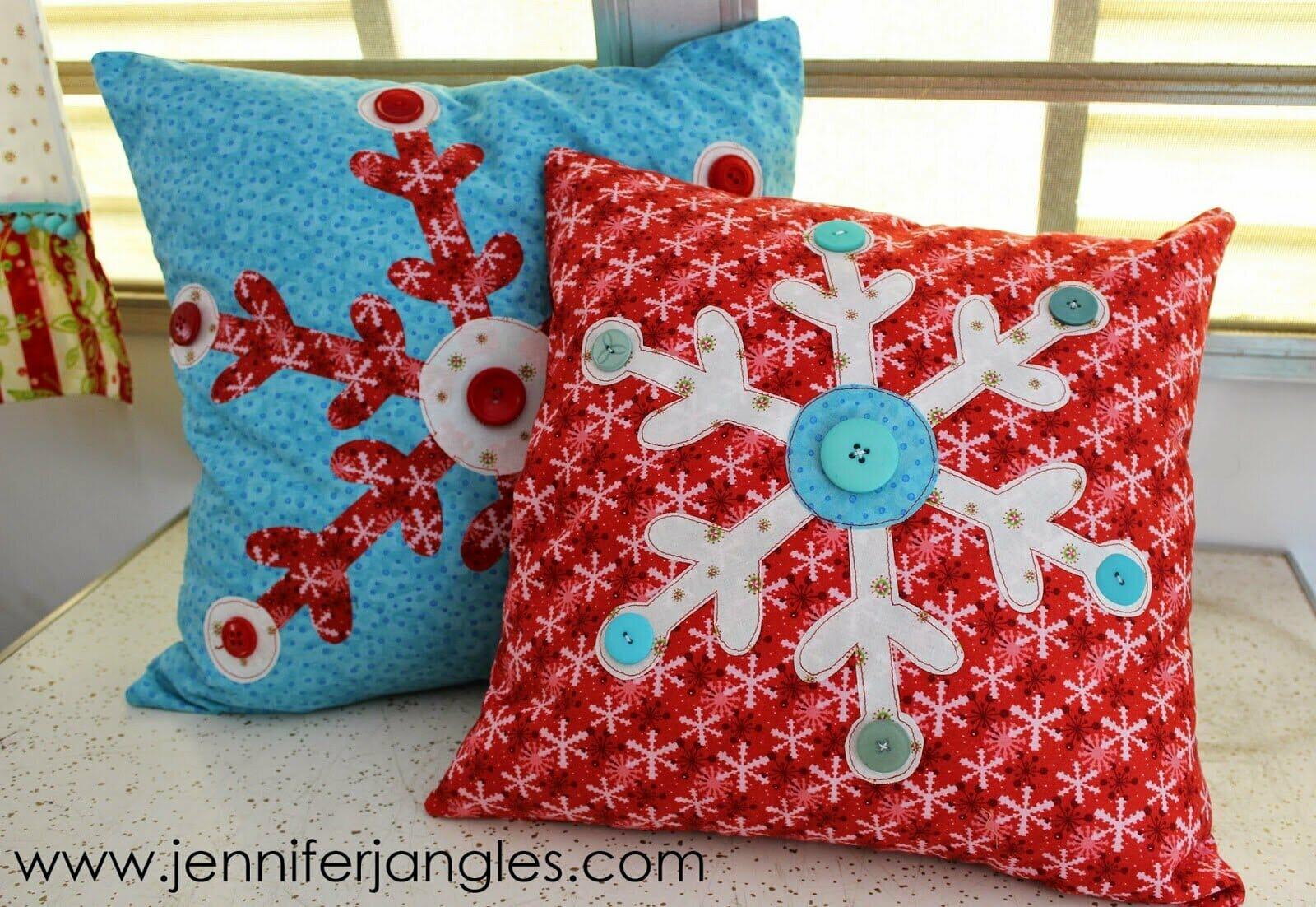Snowflake+pillows.jpg